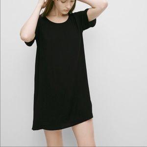 Aritzia Wilfred Free black t-shirt dress size xxs